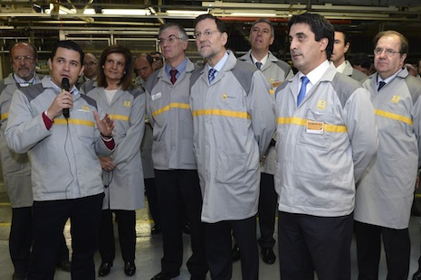 Autoridades de visita en Renault - Foto: www.motor.mapfre.com