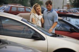 Buscando coches usados - Foto: www.superexperto.com