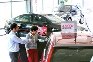 Imagen de un concesionario de coches - Foto: www.larioja.com/