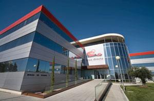 Sede de una compañía aseguradora - Foto: www.asesorseguros.com
