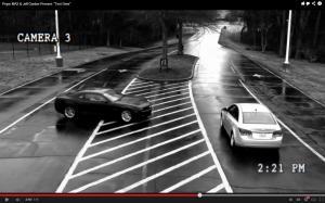 Broma de Pepsi a un vendedor de coches en un test drive